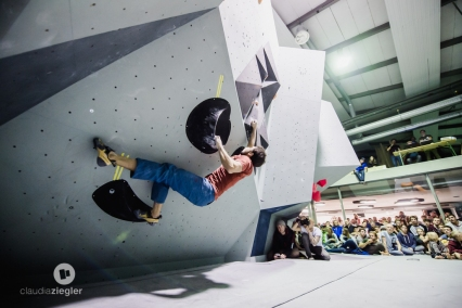 Boulder #2, a crimp fest that needed some core tension